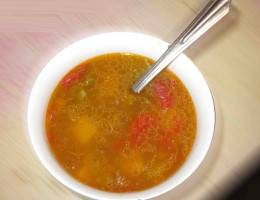 Суп из маша с говяжьей тушенкой Тушенка, Помидор, Маш, Лук, Картофель, Болгарский перец