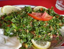 """Салат """"Табуле"""" помидоры, Петрушка, оливковое масло, Мята, Лимон, булгур"""